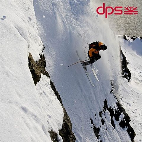 Stephan Drake on the first ski to combine sidecut & rocker, the orginal Lotus 138. Greenland, 2006. Photo: @oskar_enander. #dpsroots