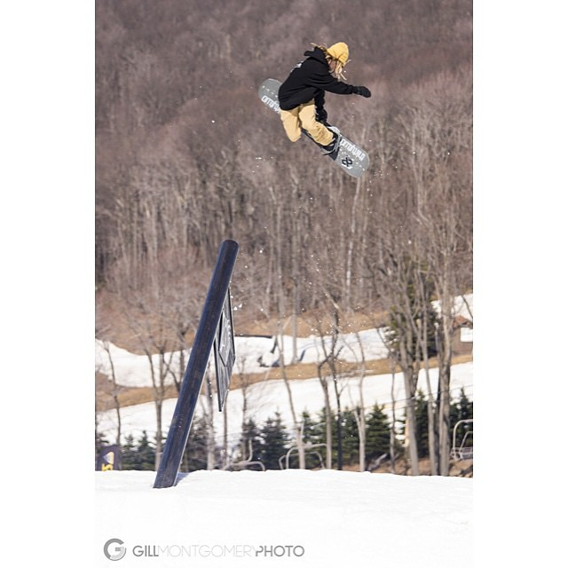Tristin's (@touchaheiney) edit from this past season is live on @snowboardermag's site...check his bio for the link and get stoked for Old Man Winter...he's creeping up on us #findyourniche #seasonedit #snowboardermag #getbusylivin