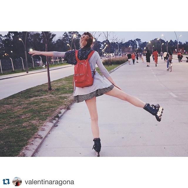 FELICITACIONES @valentinaragona !!!! Ganaste el concurso a la mejor foto! Te esperamos en nuestro Showroom para que elijas la mochila que más te gusta!! @valentinaragona with @repostapp. ・・・ Sobre #mimambo