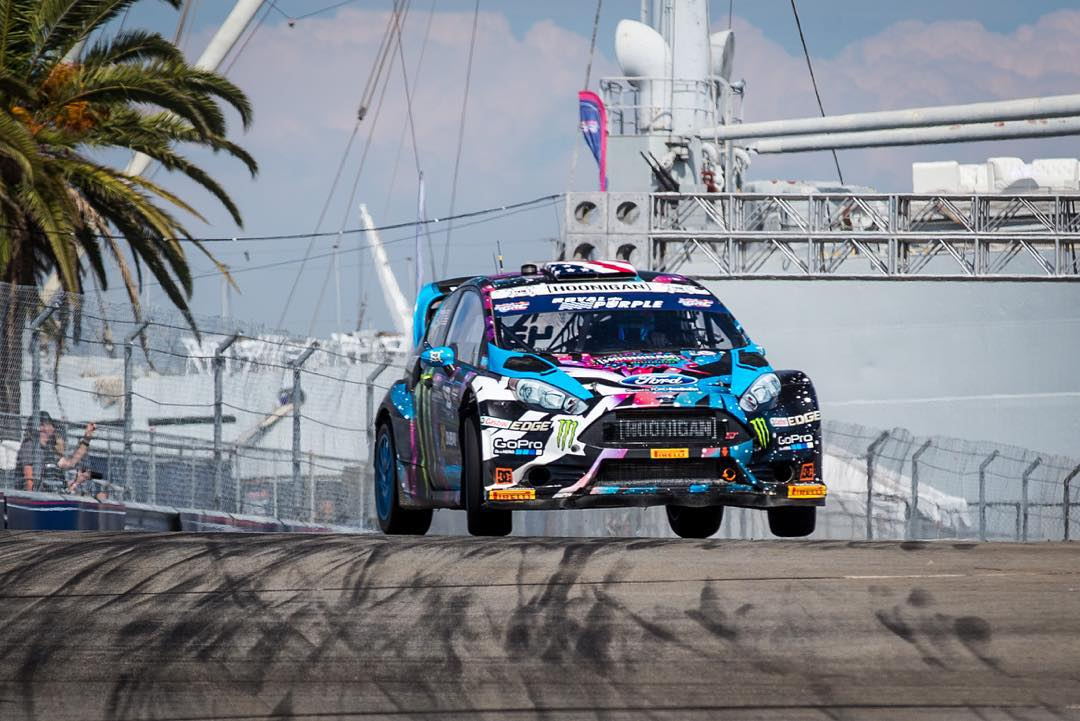 First practice is a wrap here at #GlobalRallycross LA. Still learning the intricacies of this track, since it's full of random dips/bumps/low grip areas. Practice session 2 and qualifying coming up next. #flatovercrest #mykindofcorner #losangeles