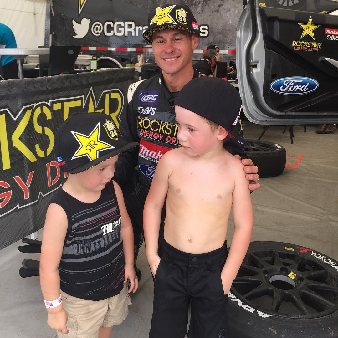 The #GENERAL @BrianDeegan38 hanging w| Jesse today at @RedBullGRC #LA
