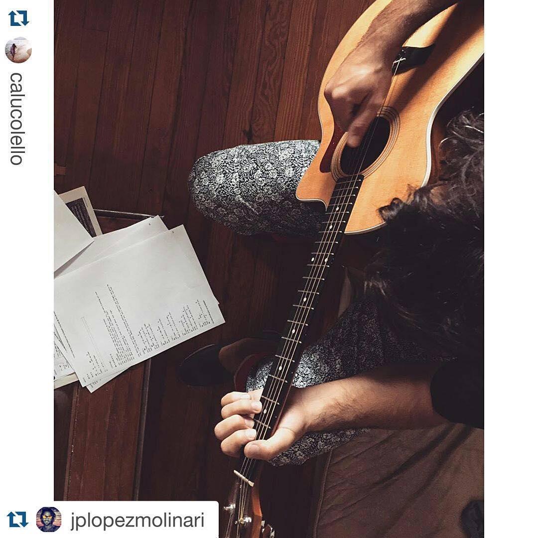 #Domingo Musical #Repost @jplopezmolinari with @repostapp. ・・・ #Repost @calucolello ・・・ ☀️☕️
