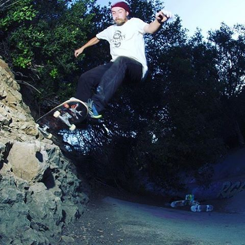 @mrsidmelvin #skateboarding a ditch in #LA on #caliberstandards #whiskeyproject