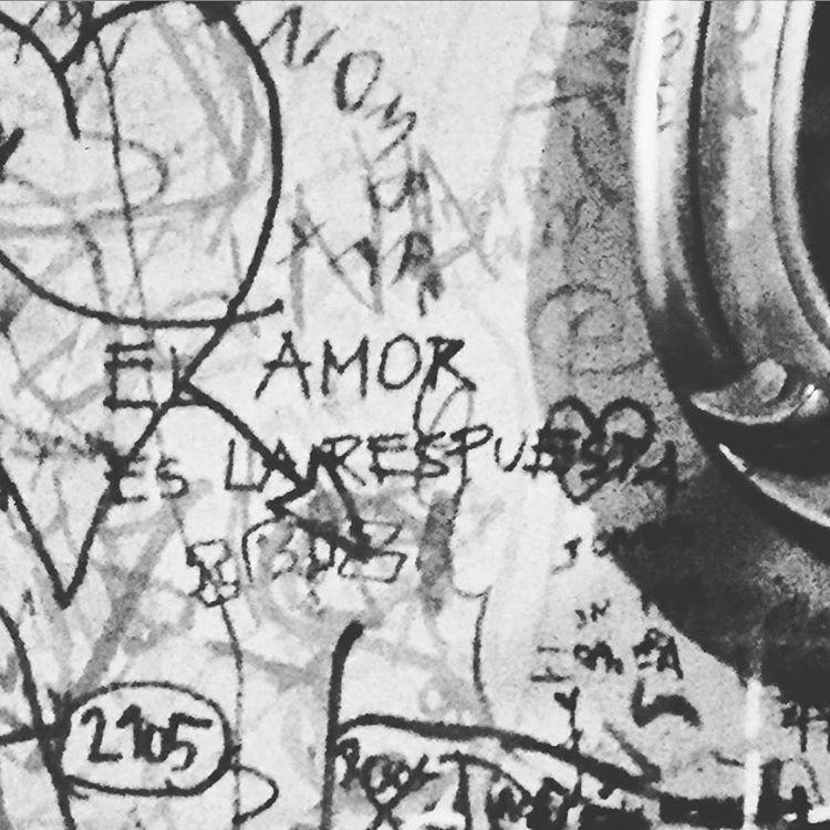 """""""El amor es la respuesta"""". #soyuncliche  #love #amor #amore"""