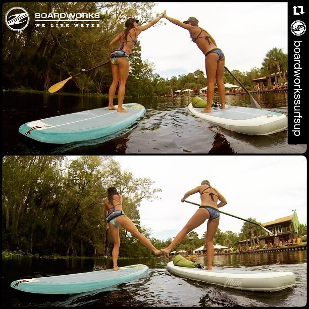 #repost: It's all about the High 5 Low 5 with @waveofwellness and I on the new @boardworkssurfsup inflatable and hard Muse's. PC: @philliprainey #welivewater