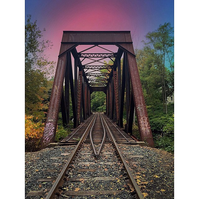 Right on track. #Flowfold  Photo: @saucybrittbritt  Follow @Flowfold