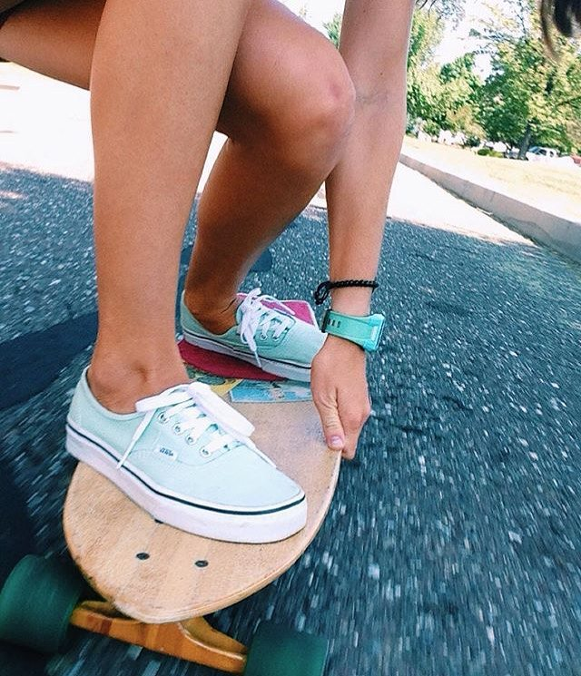 #dontgosummer… our longboard skills are too good right now|| action shots with ambassador @skxip || #getoutthere #sidewalksurfer