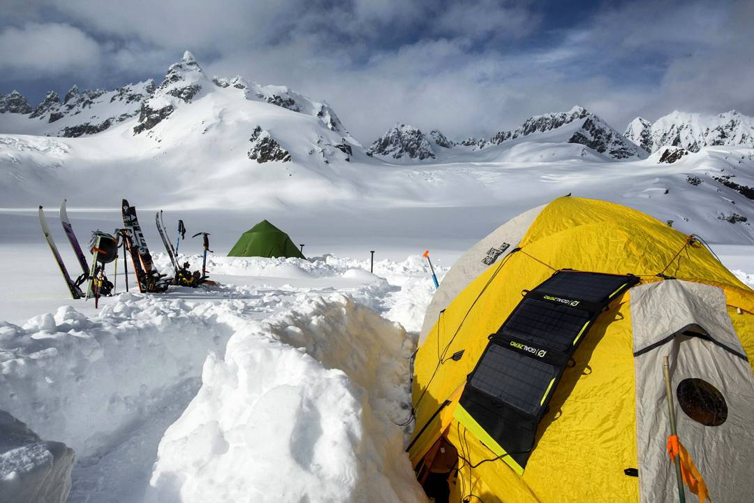 Photographer @zclanton and friends called this camp home for 26 days earlier this year. They spent long stints waiting out storms, chased good snow when the skies cleared and brought home only memories. #getoutstayout #thisisalaska