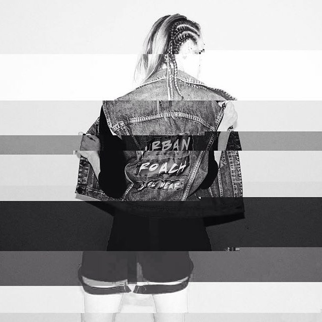 Glitch ❤️ #glitch #fashion #look #design #urbanroach #cool #moda #style #byn #pixelart #pixelwear
