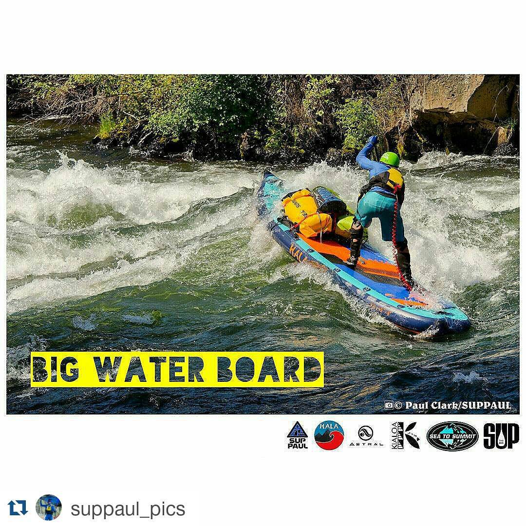 #Repost from @suppaul_pics ・・・ Hala Daze is getting a lot if attention at SurfExpo. Stand Up Rafting. #halagearsup #suppaul #paddleboarding #supmag #riversup #whitewatersup