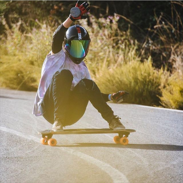 @criscruzypunto in Velefique Freeride!  Photo credit?  #longboardgirlscrew #womensupportingwomen #skatelikeagirl #lgc #criscruz #velefique