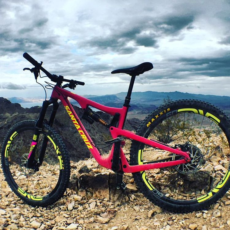 #bikeporn courtesy of @santacruzbicycles Bronson. Tag your friends you like to ride with.