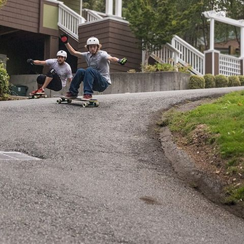 Team rider Sean Woolery (@seanwoolery18), who is from Santa Barbara, is in Seattle and he went out for a session with Devon Dotson (@devdot23) yesterday on the Keystone.