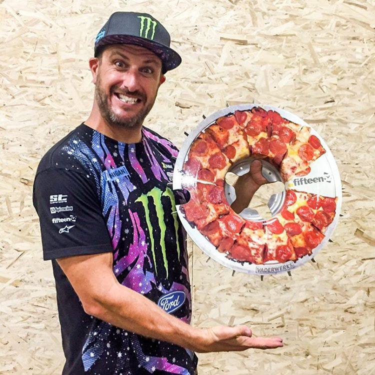 Seriously - I have the best fans in the world! At the launch of the Hoonigan Bakery, this pizza turbofan was brought to me by @vaderwerks (friends of @fifteen52). They got a hold of a spare turbofan that fifteen52 made, and turned it into a pizza....