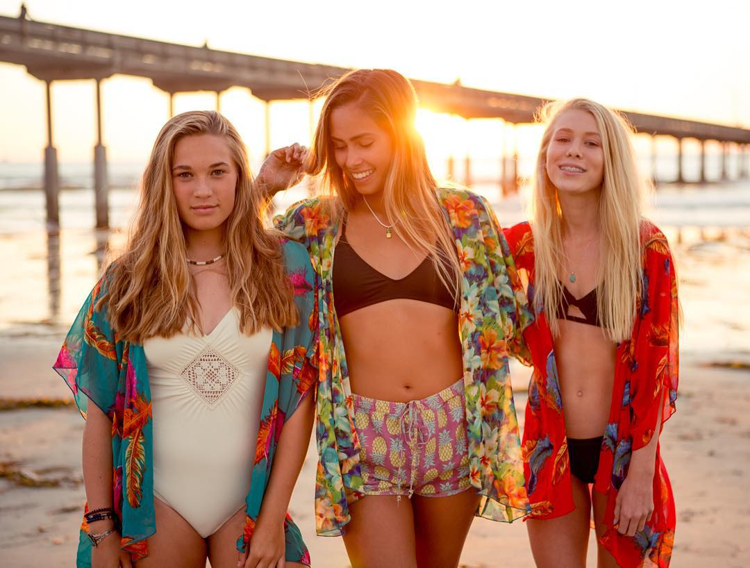 SHiNE BRIGHT ☀️#luvsurf #sun #light #kimono #vibes