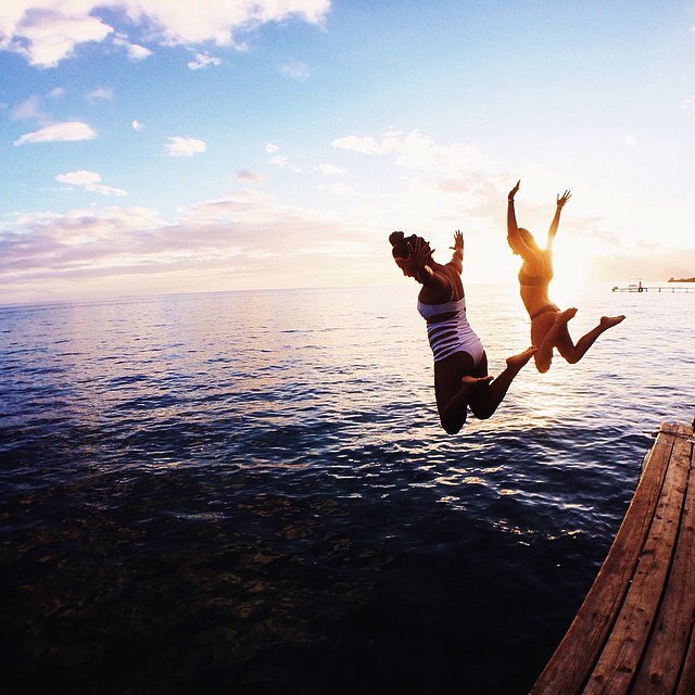 UPLIFT EACH OTHER | tag someone who uplifts you  #jump #uplift #fly #sunset #adventure #fun #waterwoman #wcw #friendship #OKIINO