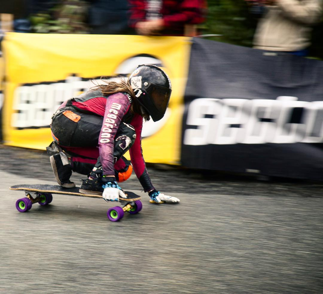 @chelagiraldo making her way through the last corner at @whistlerlbfest and on to the podium as a bronze medal recipient in women's division!  #rayneteam #raynemisfortune