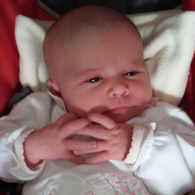 """¡¡Bienvenida a esta vida Emilia!!!! Cómo diría el Sr. Burns...""""Excelente"""" #sobrina #N4"""