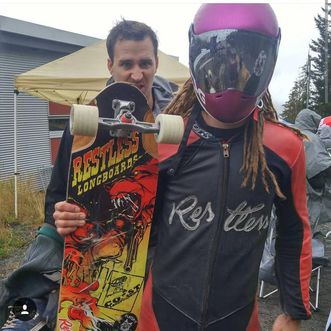 @dh_clbc at #whistlerlongboardfestival #restlessboards #restlesswim