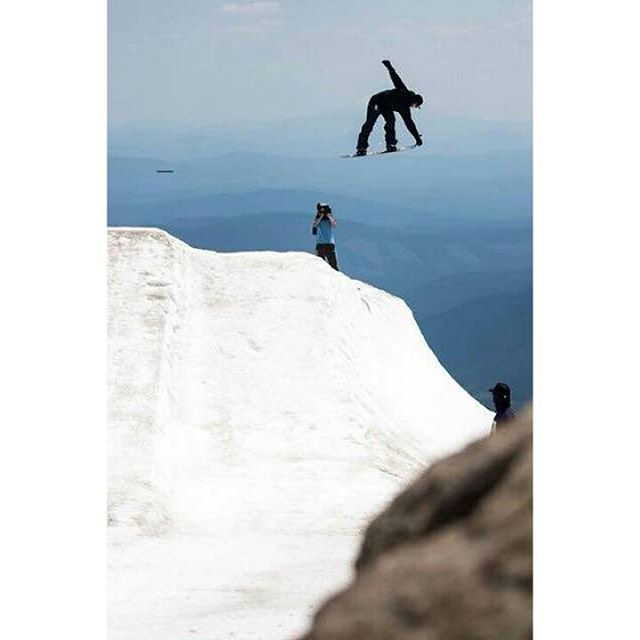 @Jared__McDaniel on the edge of the world. Mt. Hood, OR.