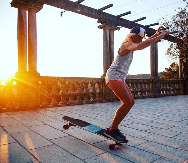 Our girl & LGC German rider Esther Suave somewhere in northern Spain. Sergio Mezzino photo.  #longboardgirlscrew #womensupportingwomen #skatelikeagirl #esthersuave #spain #sunset #summervibe