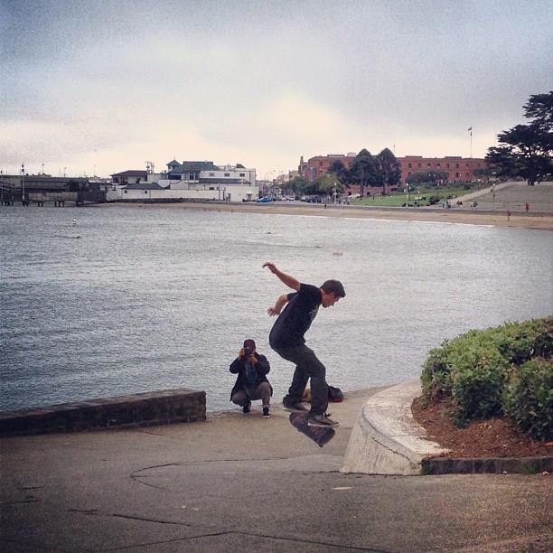 Monday Evening Aquatic Park #skate sesh #sanfrancisco #skateboarding #skateeverydamnday