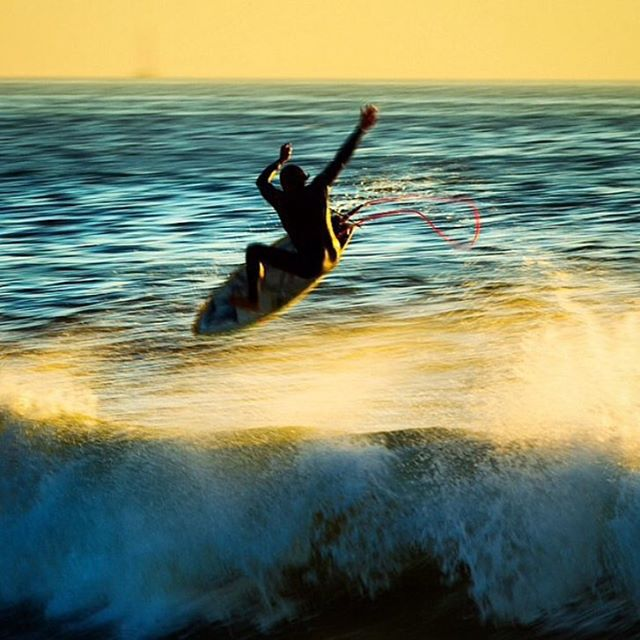 Sunset launch with @a_gray  #allthingswater #bodyglove www.bodyglove.com Photo: @toddglaser