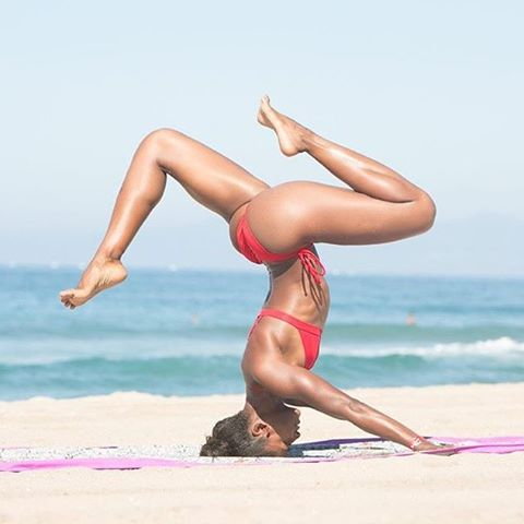 #dontgosummer… we're stuck like this ☺ || upside down with @koyawebb in our Double String Bottoms & Pin-up Top ||Photo by @petersalamaphotography #getoutthere #miolagirls #beachyoga