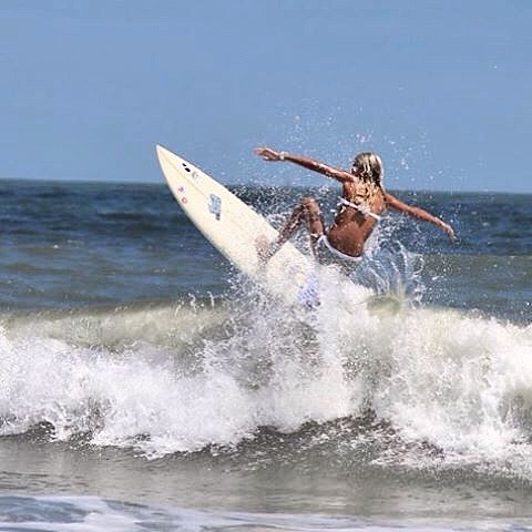 If you're a bird, I'm a bird. @tybeeanna taking off! #luvsurf #yew #fly #imabird