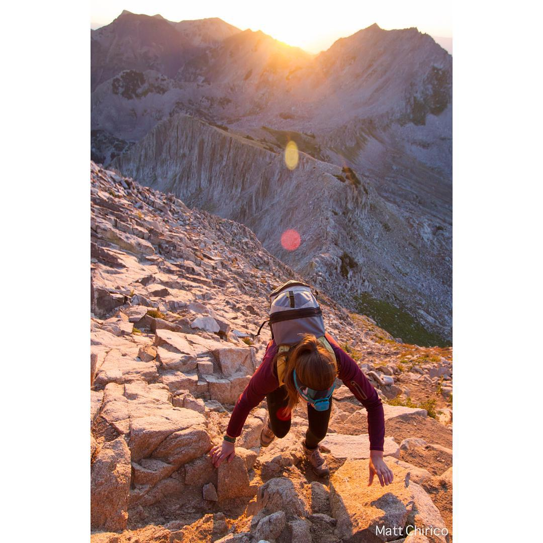 Sunrise scrambling | PC: @mattchirico