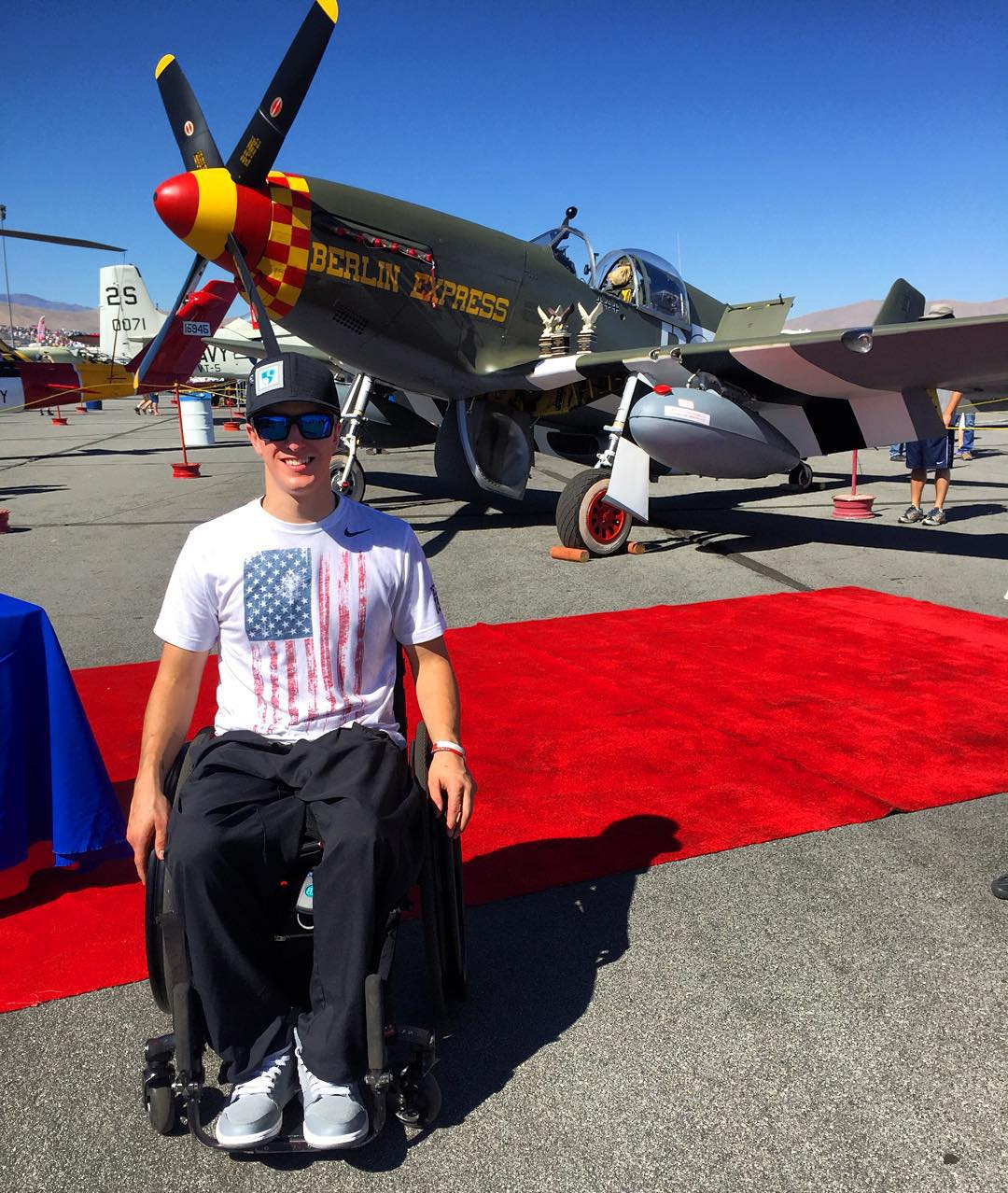 The infamous P51 Mustang and #HighFivesAthlete #NewHampshireNick at the #RenoAirRaces!