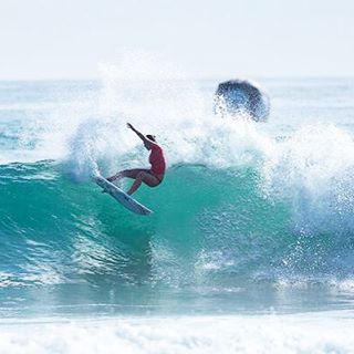 Watch it LIVE! The Cascais Women's Pro is on in Portugal! @wsl #8 stop! http://ow.ly/SxCHJ