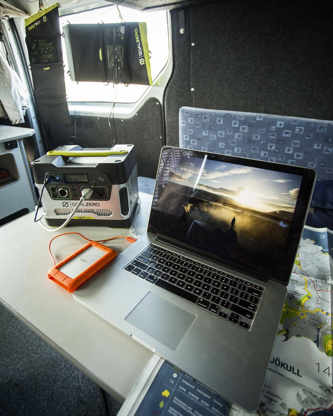 #OfficeAnywhere  Photo: @johndalephoto