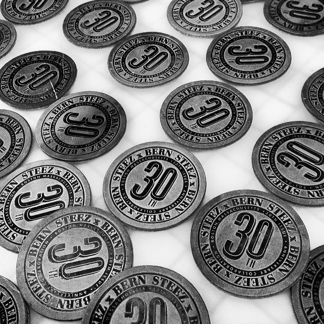 @bernunlimited x steez 30th leather collab emboss patches, hot off the press. Gonna be dope hats! Exclusive for the 30th art show Saturday March 1st at @mingogallery #steezmagazine #leather #vollaboration #patches #issue 30