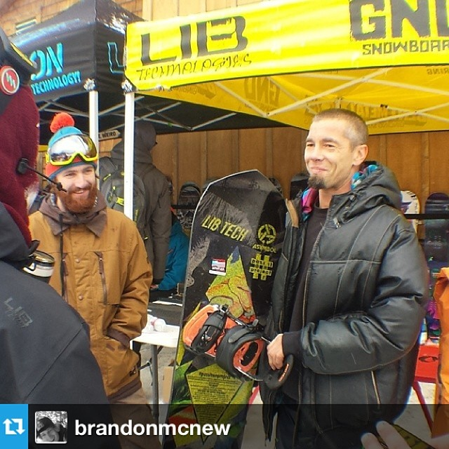 @jamiemlynn kicking off #passitonproject board #1 at the Mt. Baker Legendary Banked Slalom. #Repost from @brandonmcnew