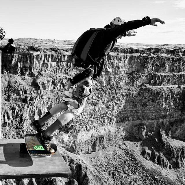 Extreme balance boarding! Who loves it?  #revbalance #findyourbalance #balanceboards #madeinusa