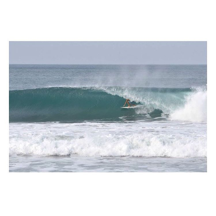 Offshore @pepes_world • #FreeSurfing