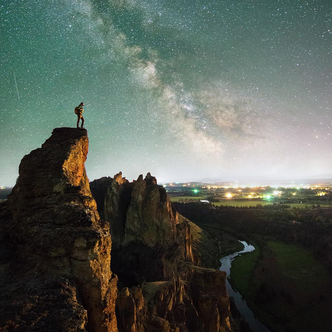 @travisburkephotography under a beautiful Milky Way starscape. #getoutthere and enjoy the lunar eclipse today!