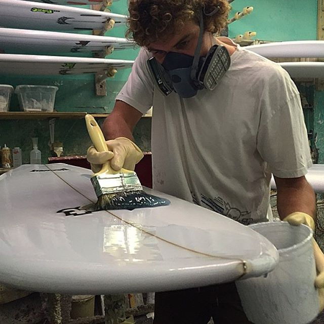 @tunnelvisionsc drummer @tanner_payan won't be coating boards today but he will be playing, along with the rest of Tunnel Vision, at Seaside Reef during @sundiegoboardshops #AmSlam event. Watch them live around 2:20 or 2:40. We also have free ...lost...