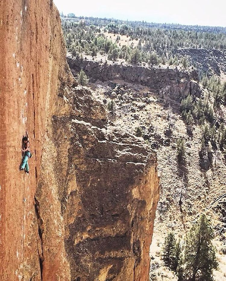 "We can't get over this photo of good human @memoirs_of_aicacia at Smith Rock. ""I love climbing because it shows that you're stronger than you think. So if you're out there struggling, trying to chase your dreams, don't give up! You are stronger than..."