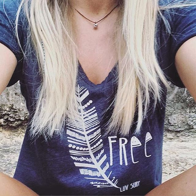 B E / F R E E // Team Rider @ashannig #luvsurf #befree #wild #blondie #luvsurfgirl #style