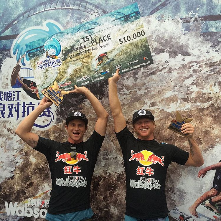 While you were sleeping, @a_gray and @redtide83 slayed the Silver Dragon and took the WIN at the 2015 @qiantangshootout  #allthingswater #bodyglove  #Qiantang #redbull (Click link in profile to check it out)