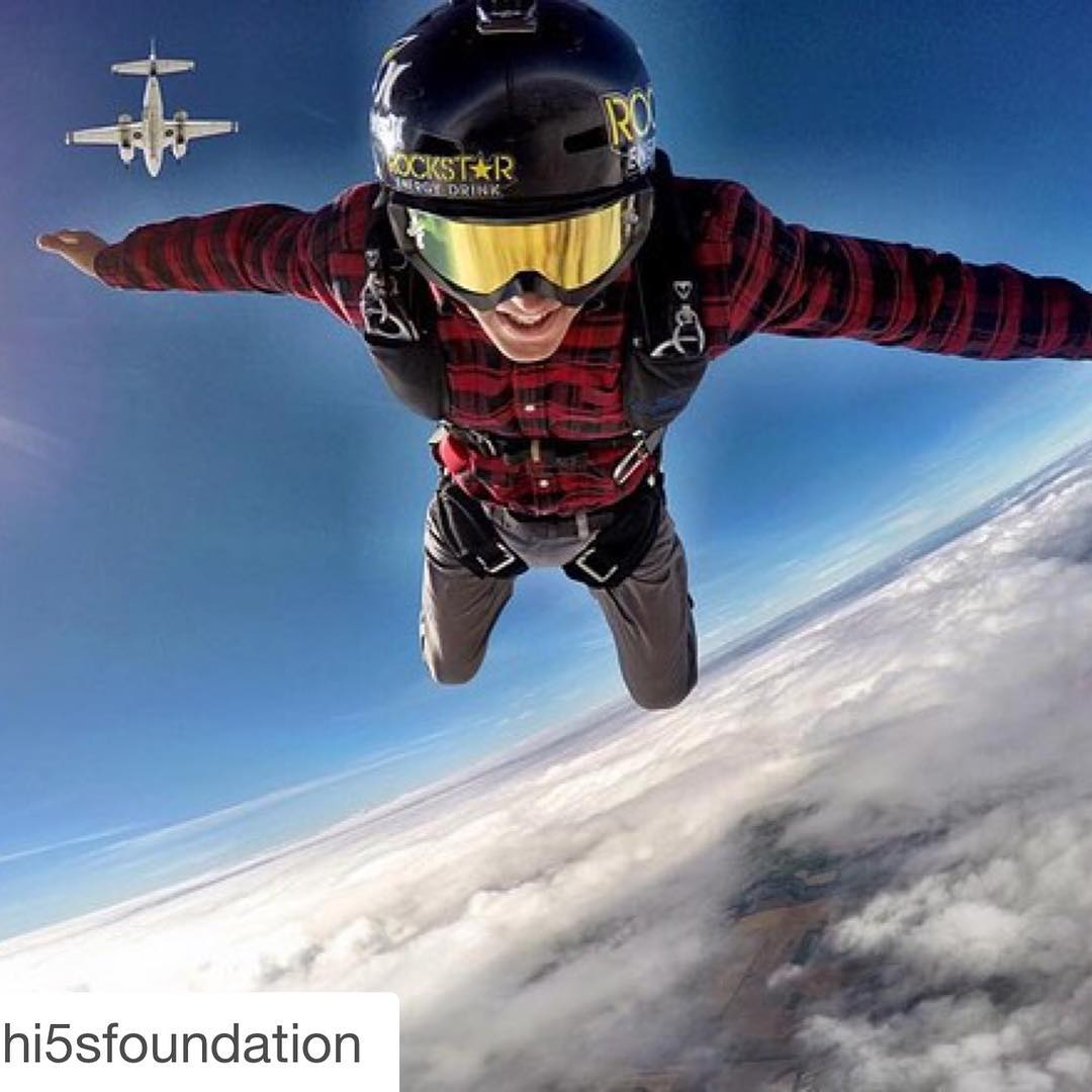 The world lost an incredibly bright light today.  Our thoughts and love are with @erikroner, @annikadahlroner, their amazing kids, and everyone he inspired throughout his brilliantly lived lifetime... #Regramed image f/ the @hi5sfoundation