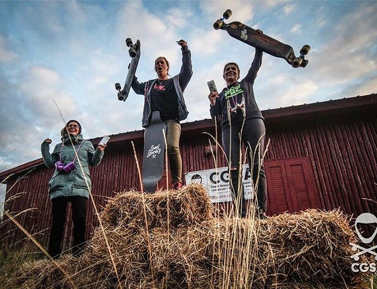 This past weekend: Czech Republic 2015 National Championship Women's Podium! 1. Lena Salačová 2. @vallery_v  3. Mirka Jarešová  Awesome ladies, congrats to all! @cgsa_downhill photo.  #longboardgirlscrew #womensupportingwomen #skatelikeagirl...
