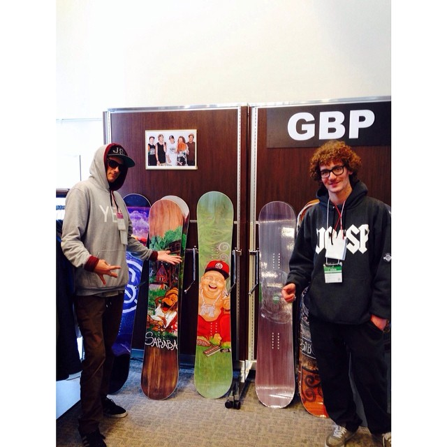 The @gbpgremlinz booth at the Tokyo snowboard show  @leonard_mazzotti  @mulfs_  showing their approval.  thanks for the support @manuverline - #Kaji