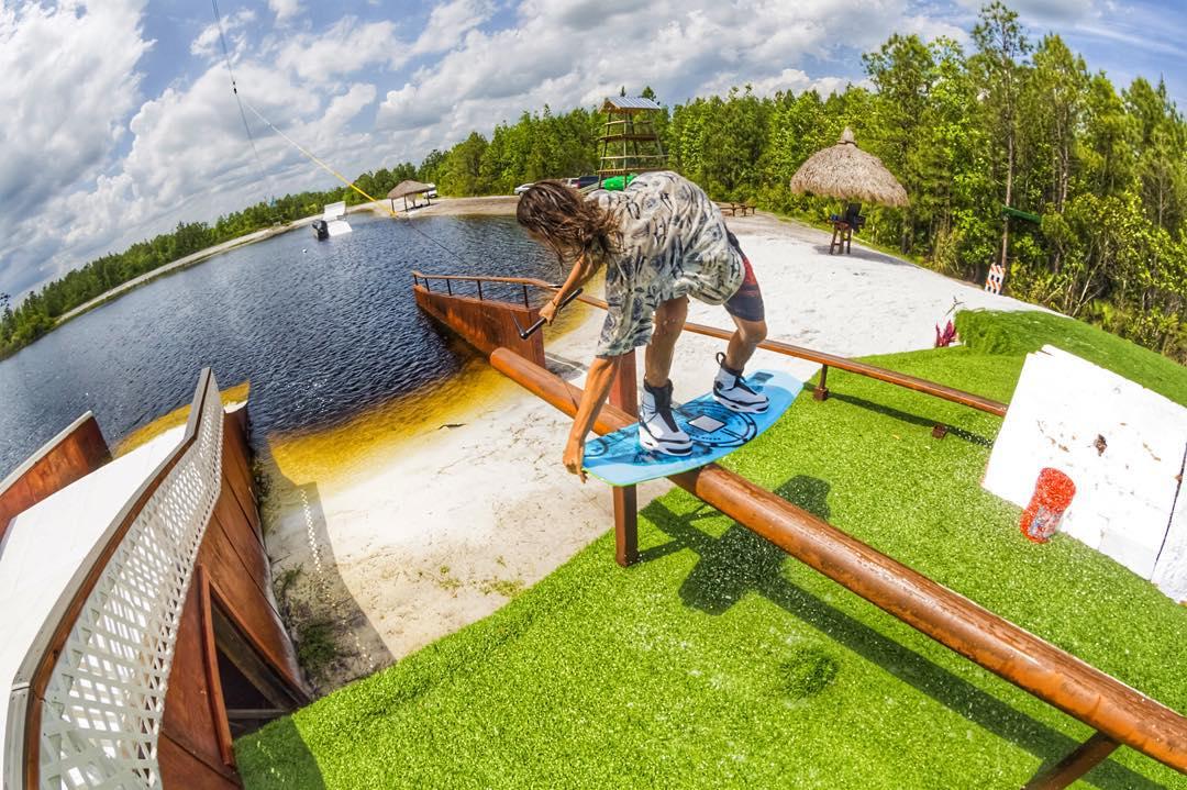 @_austin_pratt #kinetikproject #ronix2016 #aquaticresearchanddevelopmentlab #oneloveinwake #fortifiedwithlakevibes