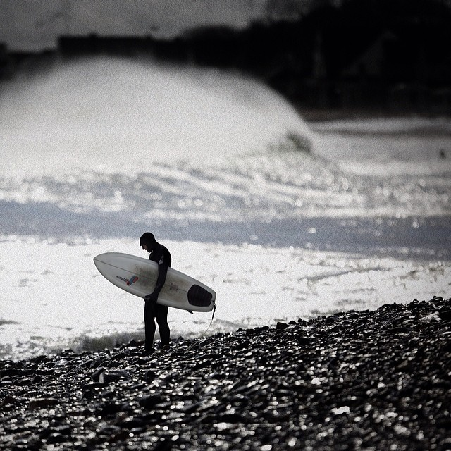 Offshore Moments. @apporter95 getting ready for session #2. #coldasf #coldwatersurf #winter #instagood #photooftheday #like #picoftheday #instadaily #ig #instasurf #webstagram #bestoftheday #love #follow #igdaily #newengland #eastcoastsurf #eastcoast...
