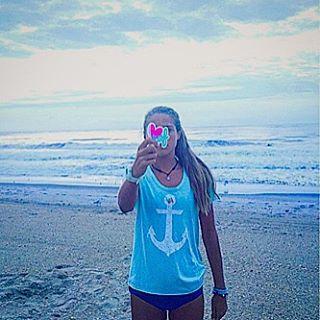 ANCHORS // AWAY @emdorony #luvsurf #anchor #luvsurfgirl #sandytoes ⚓️⚓️⚓️