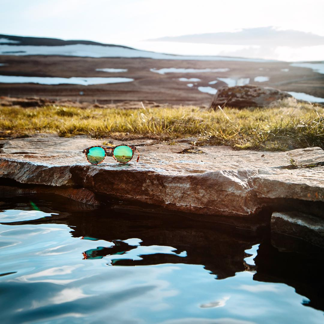 The Emerald Tortoise Dipseas go on a field trip to Iceland and experience 24-hour summer daylight and geothermally-heated hot pools with @brodyleven and @alyssalarson_mt #LiveLifeOutside