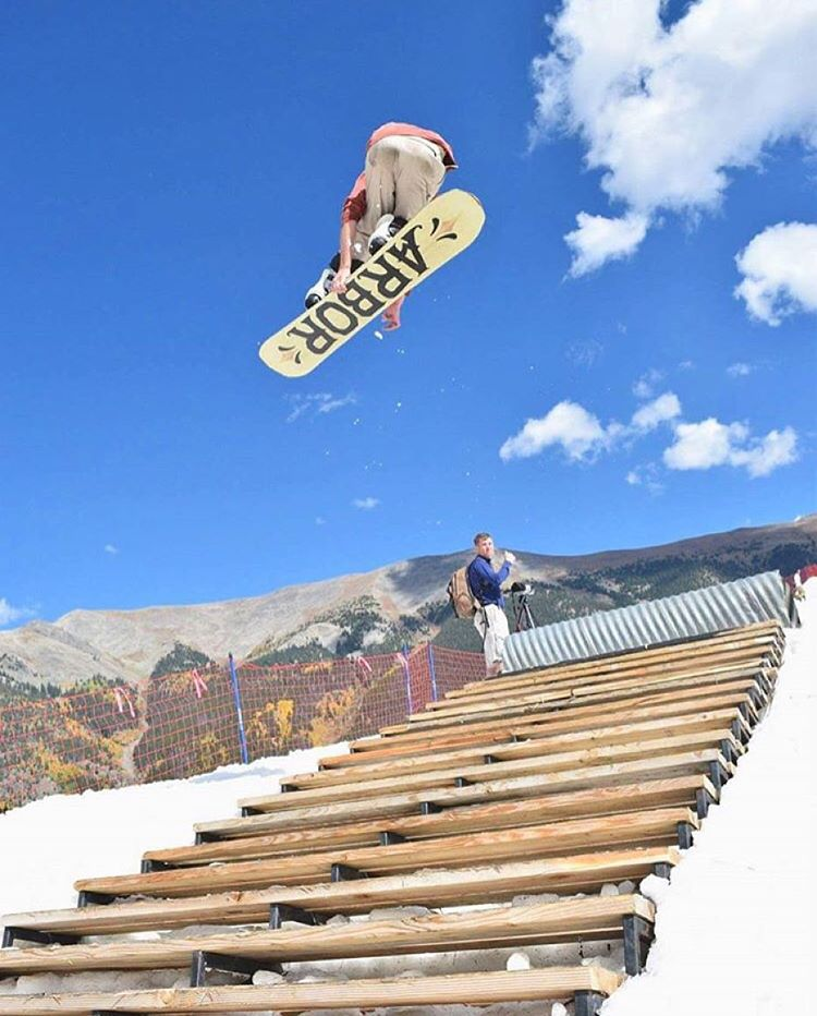 #av7renegade @jah_he has been getting busy shredding Woodward this September. I can't wait for the snow to fall here in JH! Photo by @bayr  #avalon7 #liveactivated #snowboarding  Www.avalon7.co